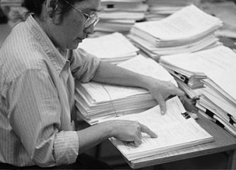 A reviewer at the National Institutes of evaluates a grant proposal. (Center for Scientific Review, National Institutes of Health)
